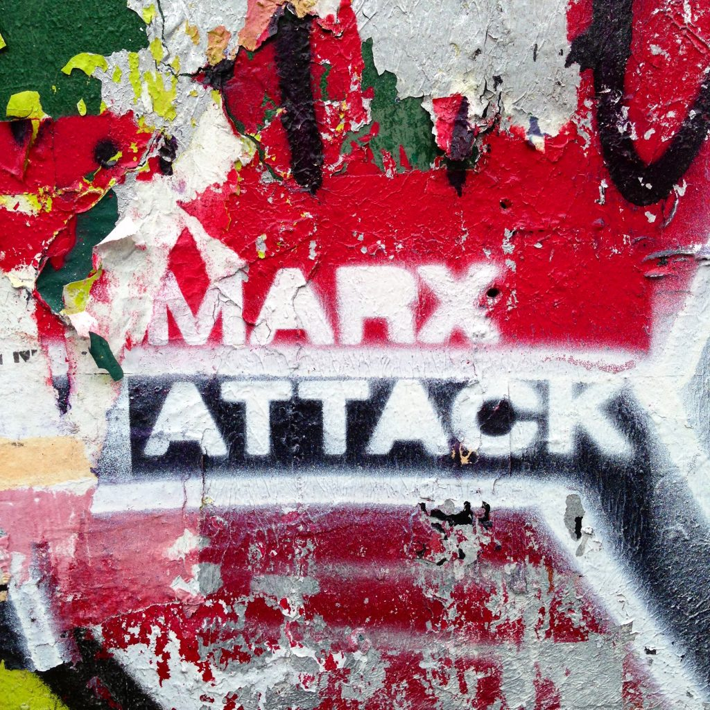 furieuse_marx_attack